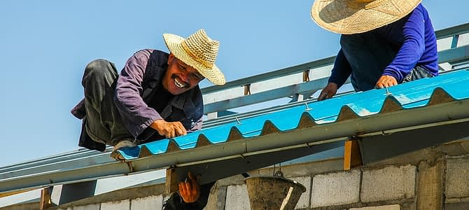 Factors to Consider When Hiring Professional Roofers